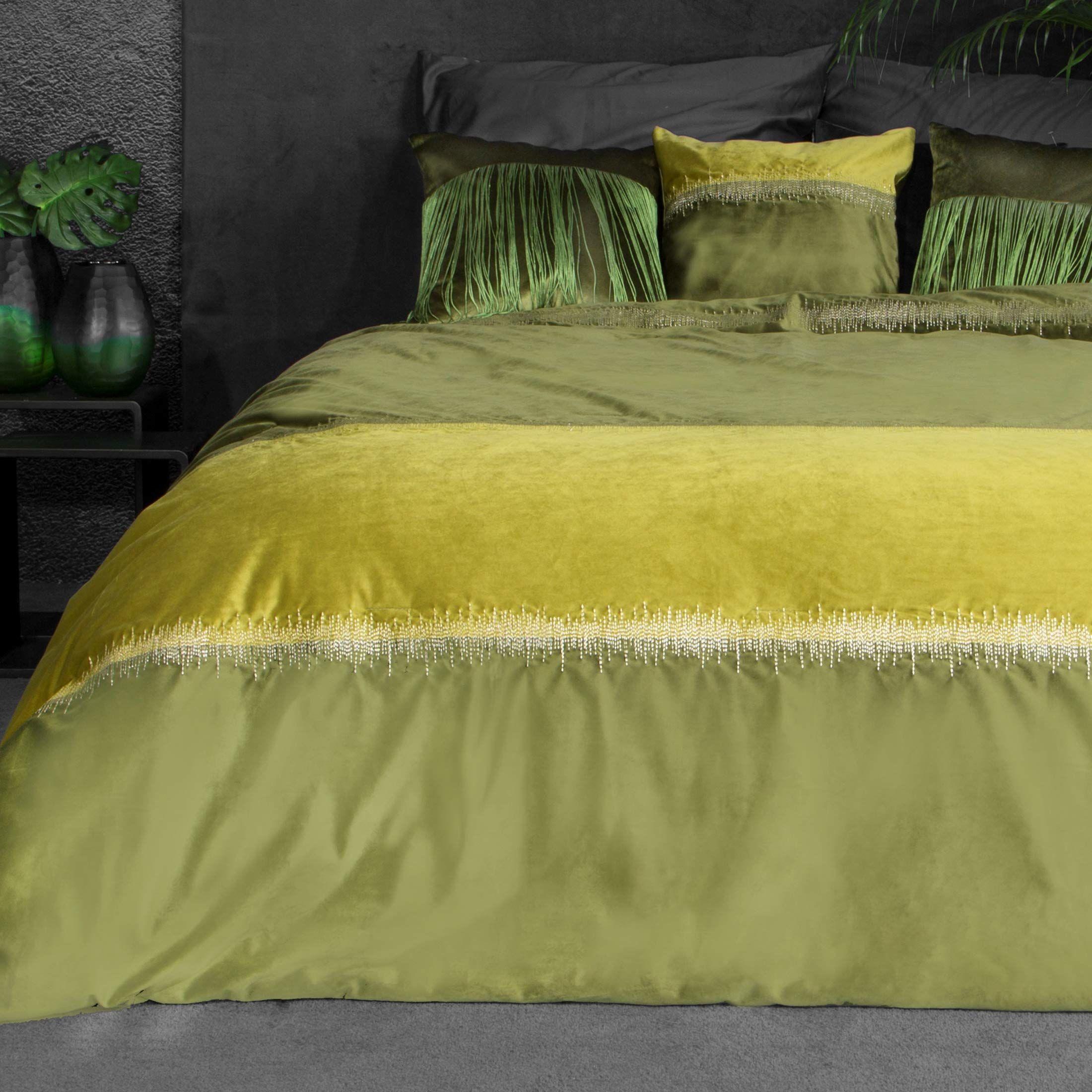 Eurofirany narzuta na łóżko, aksamitna narzuta na łóżko, szwem metalowym, elegancka do sypialni, salonu, pokoju gościnnego, lounge, oliwkowa zieleń, 220 x 240 cm