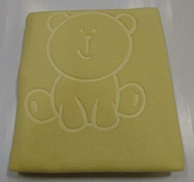 Koc niemowlęcy 80x90 wytłaczany Miś żółty polarowy 020