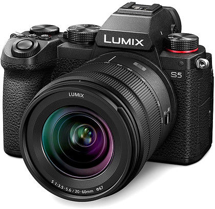 Bezlusterkowiec Panasonic Lumix S5 + Obiektyw Panasonic Lumix S 20-60mm f/3.5-5.6