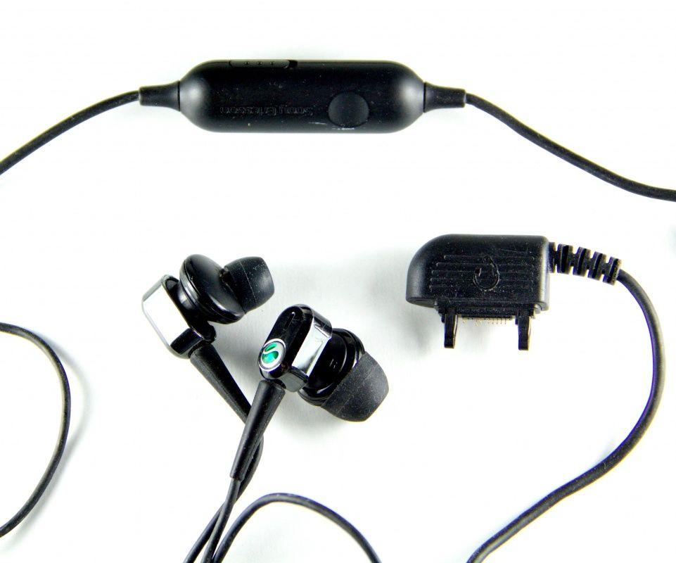 ZESTAW SŁUCHAWKOWY Sony Ericsson HPM-88