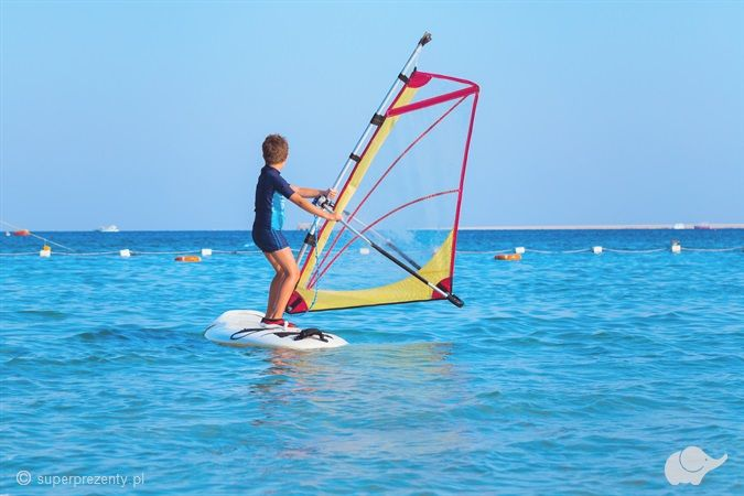 "Kurs Windsurfingu ""Junior PRO"" dla dzieci w Jastarni"