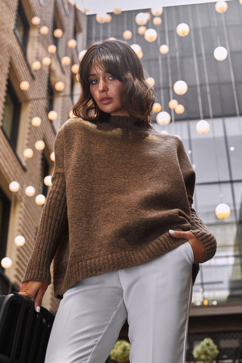 BK009 Sweter zakładany przez głowę - karmelowy