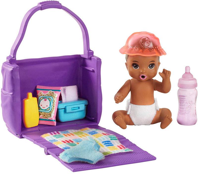 Barbie - Klub opiekunek Pielęgnacja niemowlęcia GHV86