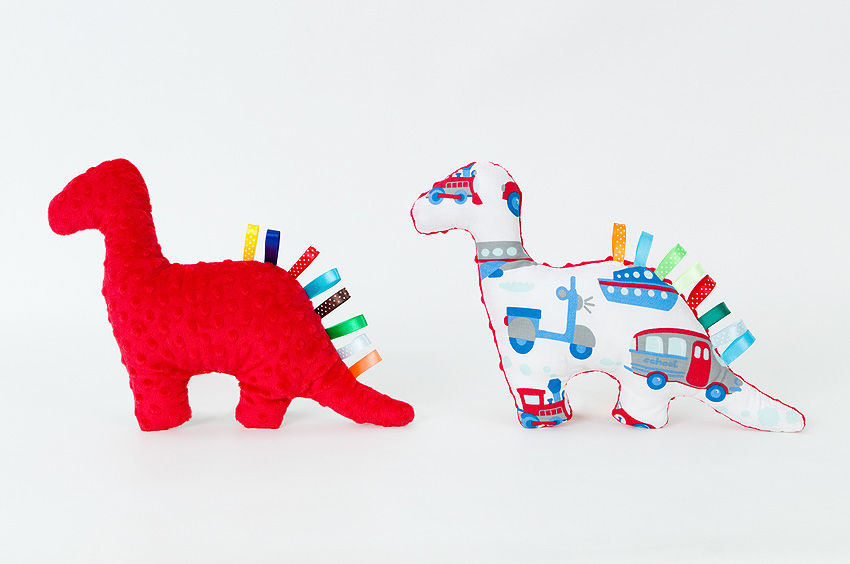MAMO-TATO Zabawka Minky dinozaur sensorek Auta z rowerami / czerwony