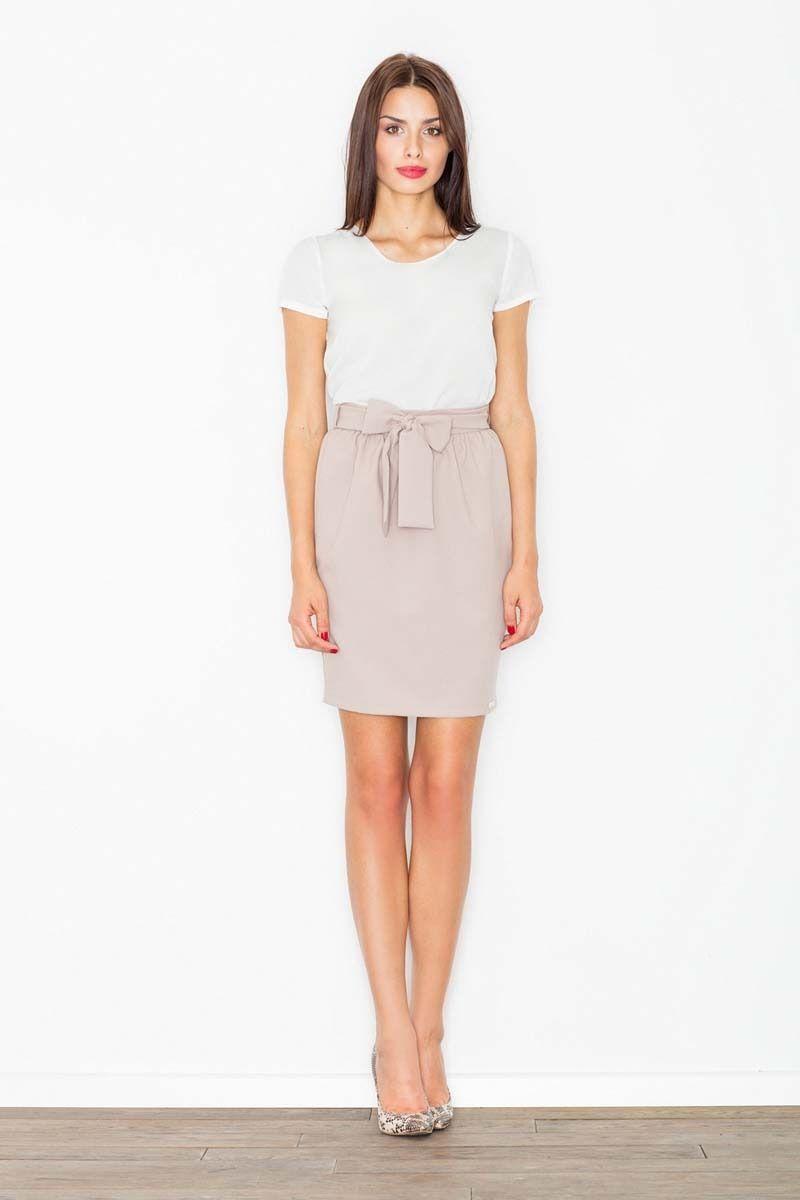 Beżowa spódnica krótka ołówkowa z wiązaną szarfą