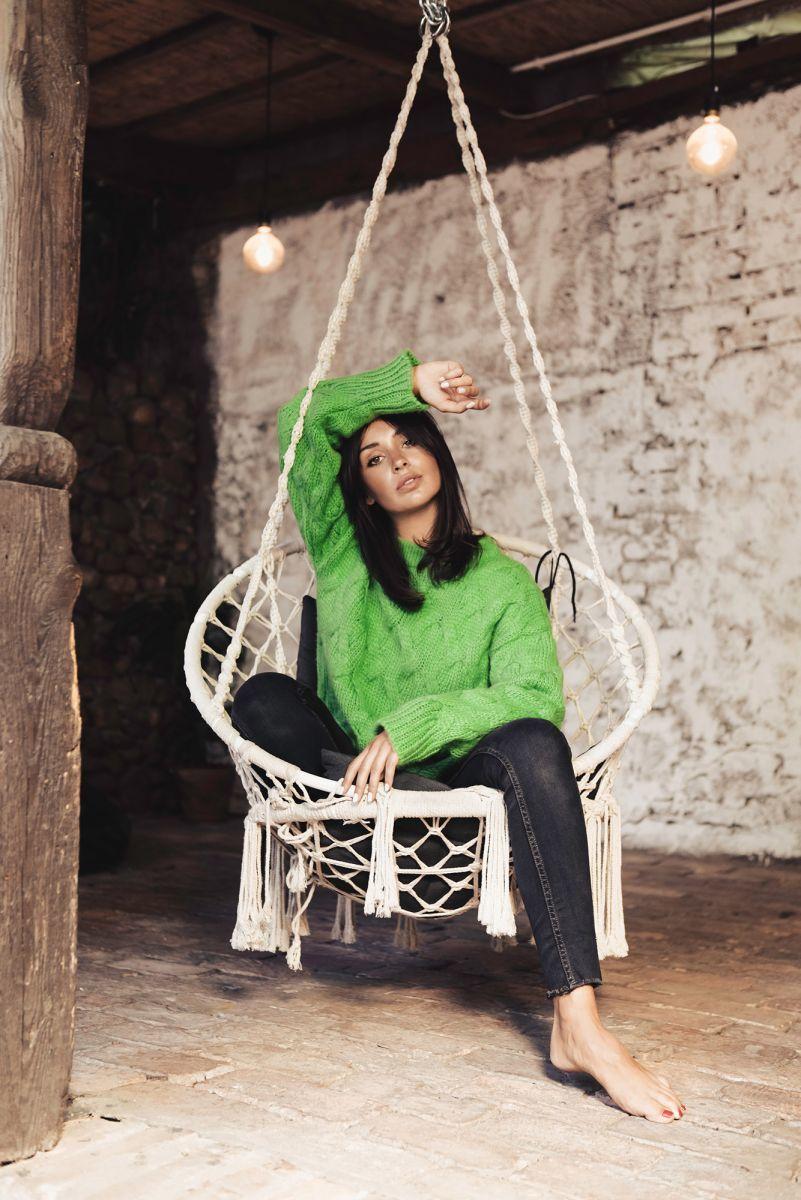 BK038 Sweter ze splotem typu warkocz - zielony