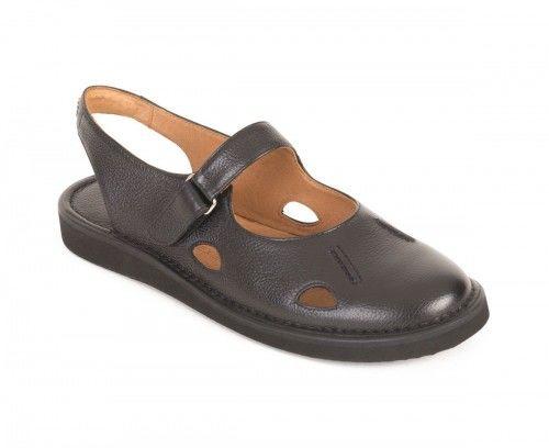 Skórzane sandały damskie ażurowe - czarne