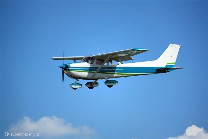 Warsztaty lotnicze z lotem zapoznawczym samolotem dla Dwojga
