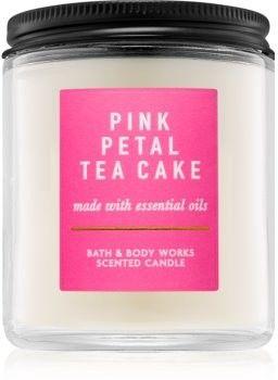 Bath & Body Works Pink Petal Tea Cake świeczka zapachowa 198 g