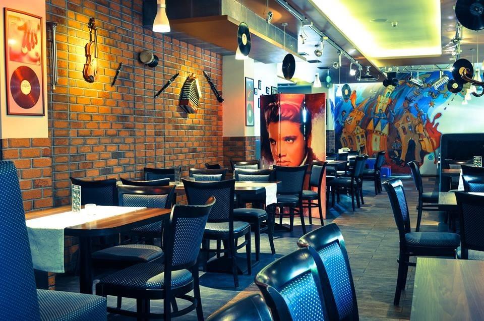Voucher do restauracji z kuchnią polską  Restauracja Radiowa