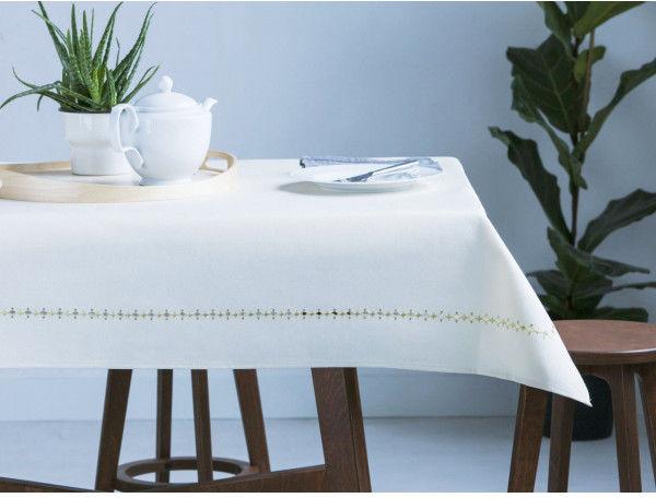 Obrus na stół ecru / kremowy ze złotą dekoracją 140 x 170 cm