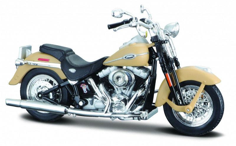 Motocykl Harley-Davidson 2005 FLSTCI Softail classic Beżowy