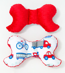 MAMO-TATO Poduszka antywstrząsowa motylek Auta z rowerami / czerwony