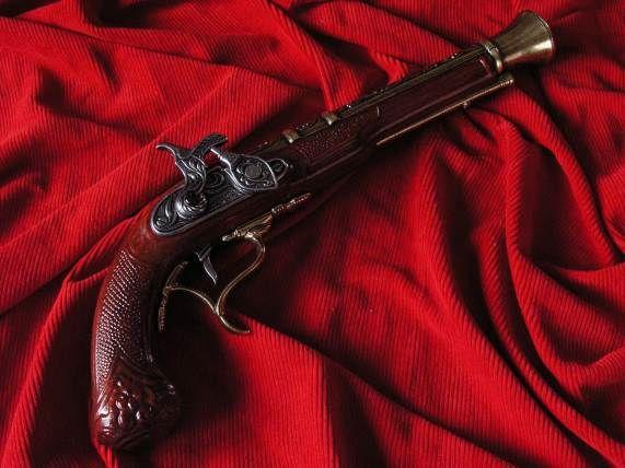 HISTORYCZNY KAPISZONOWY GARŁACZ replika broni (K1111L)
