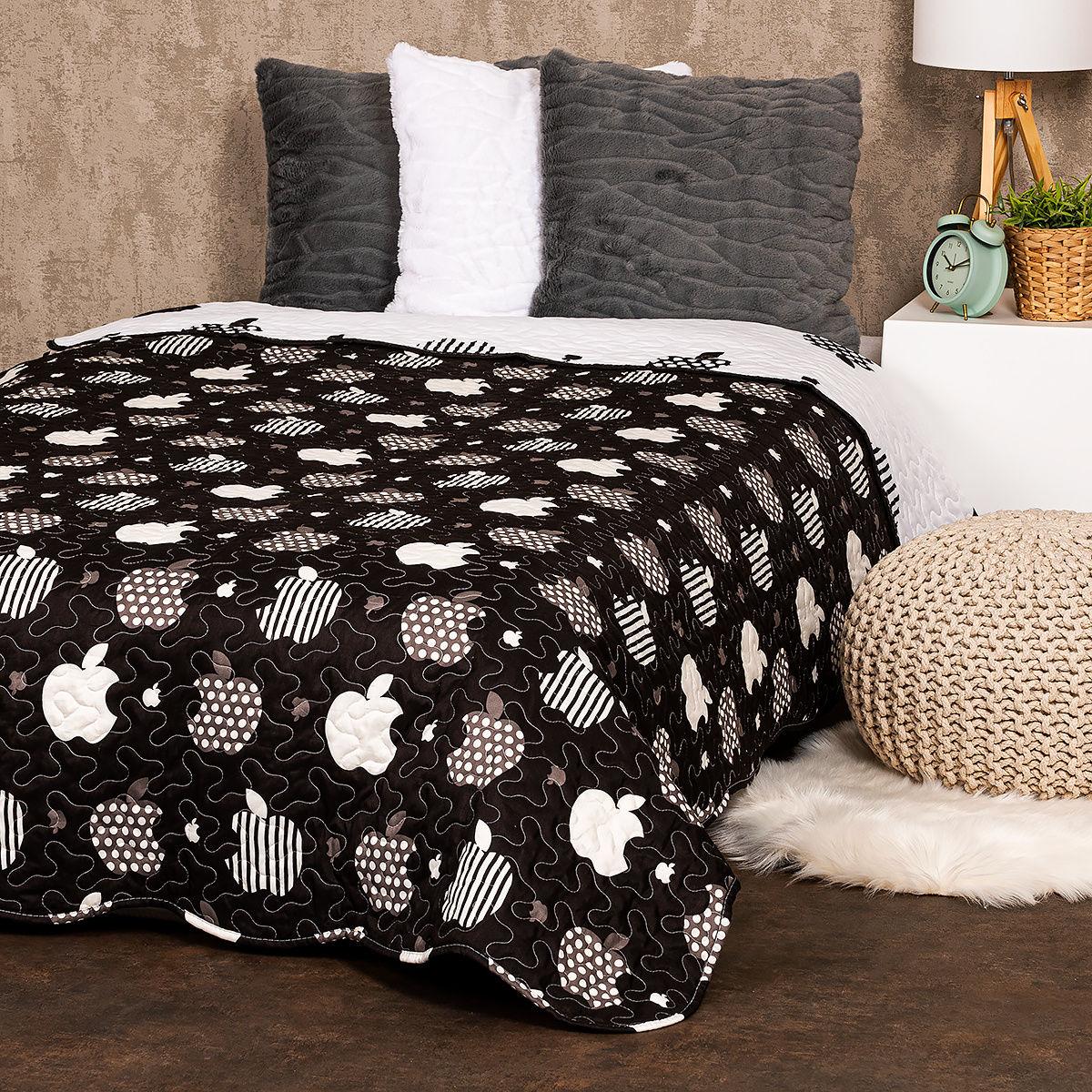 4Home Narzuta na łóżko Black fruit, 140 x 220 cm