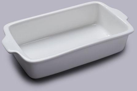 Standardowe naczynie porcelanowe do pieczeni