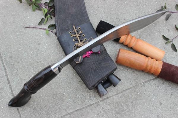 Historyczny nóż Gurkhów khukri I oraz II W.Ś. 55 cm NKH-GAEI-13