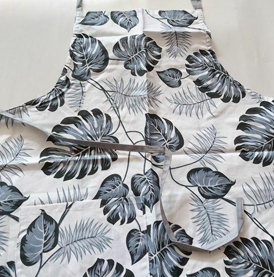 Fartuch kuchenny bawełniany 75x62 biały liście monstery szare monstera palmy 178c