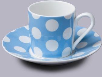 Filiżanka do espresso z talerzykiem w kropki niebieski
