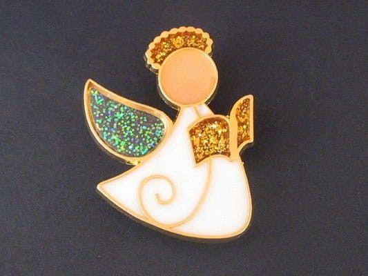 Aniołek z książką (emalia) - agrafka