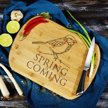 Spring is Coming - deska do krojenia z grawerem