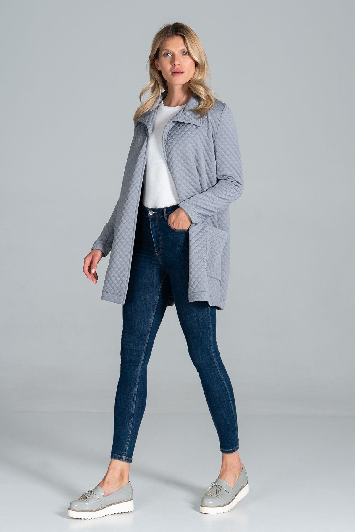 Pikowany krótki płaszcz z paskiem - szary
