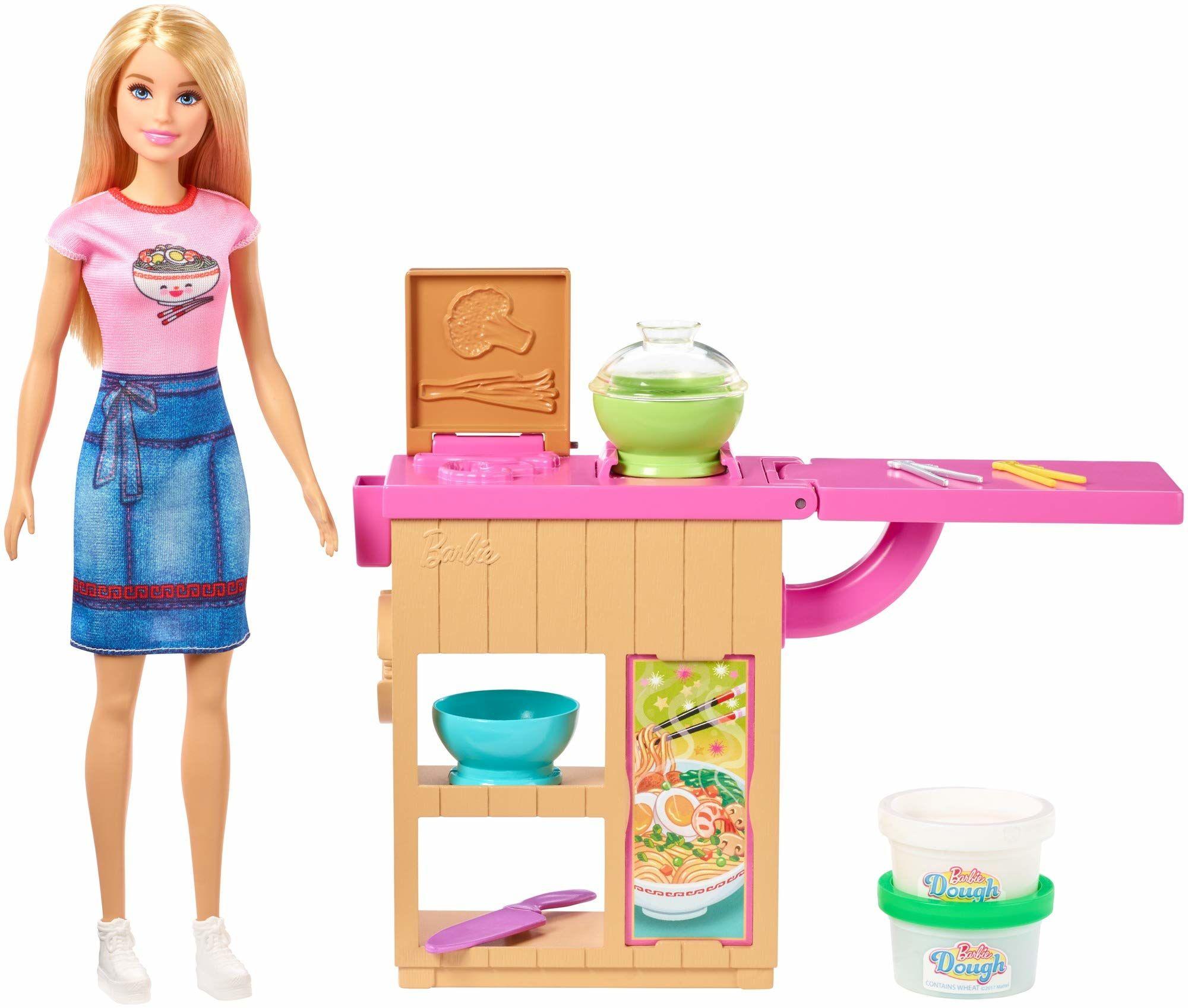 Barbie GHK43 Maker lalka i zestaw do robienia makaronu