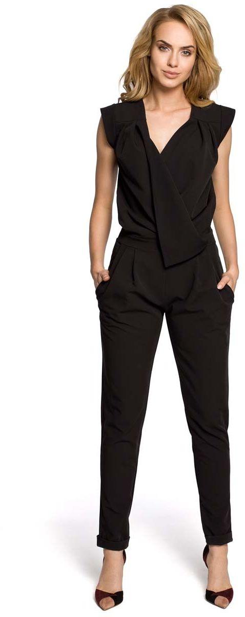 Czarny elegancki kombinezon z kopertowym założeniem bez rękawów