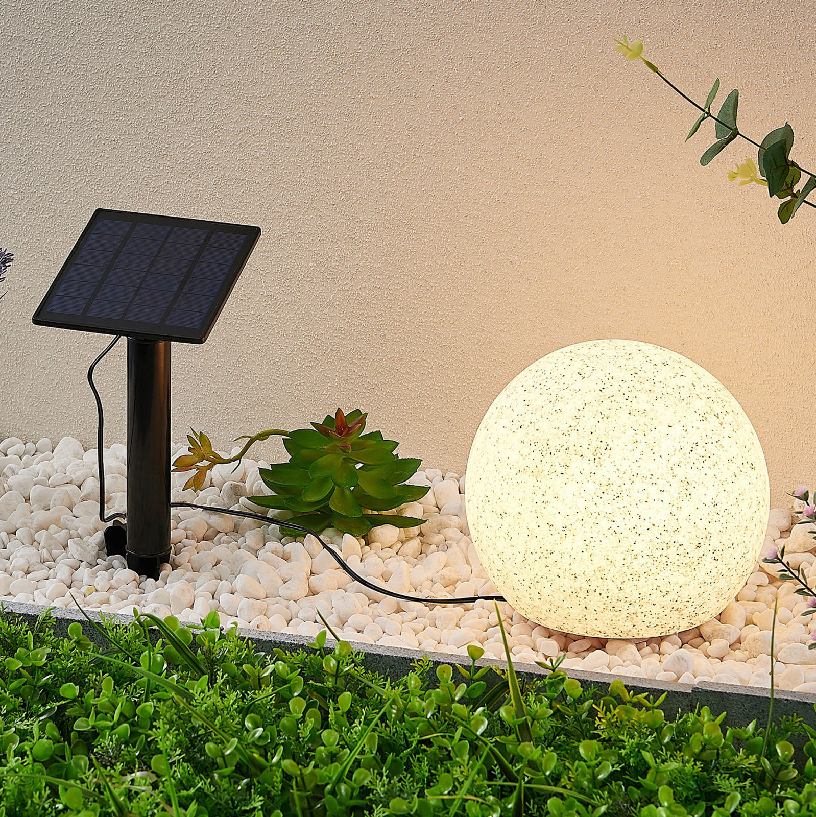 Lindby Hamela solarna lampa dekoracyjna RGB, 20 cm