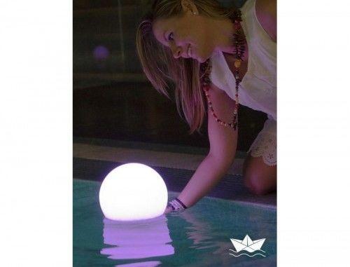 Lampa kula ogrodowa biała Buly Flo