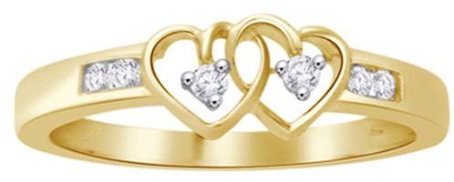 Staviori pierścionek. 6 diamentów, szlif brylantowy, masa 0,12 ct., barwa h, czystość si2. żółte złoto 0,585. szerokość 3,5 mm.