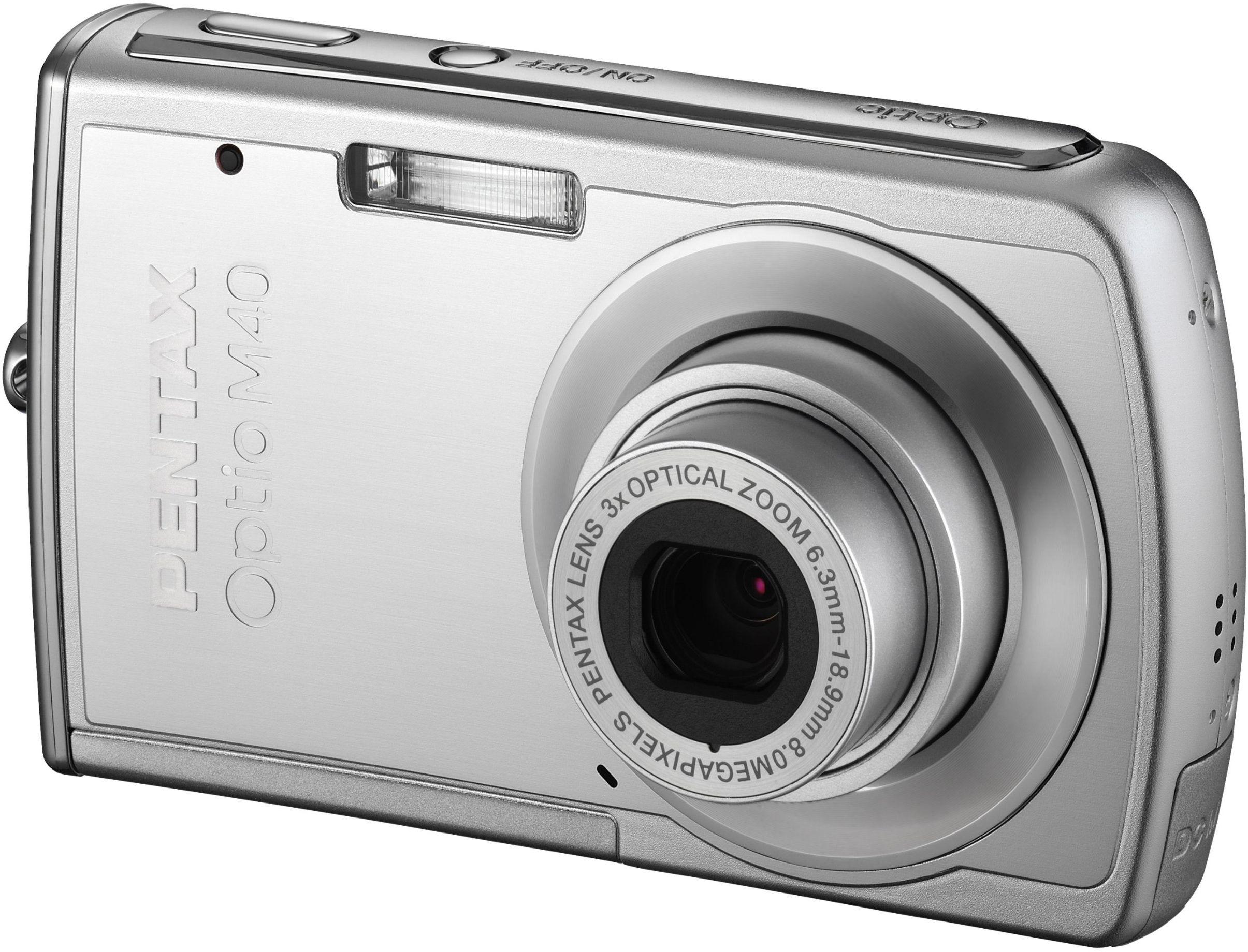 Pentax Optio M40 aparat cyfrowy (8 megapikseli, 3-krotny zoom, wyświetlacz o przekątnej 6,4 cm (2,5 cala) srebrny z torbą i kartą SD 1 GB