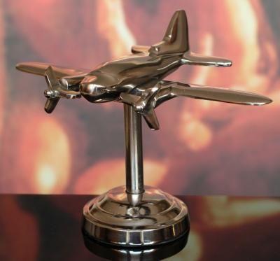 Model samolotu dwusilnikowego