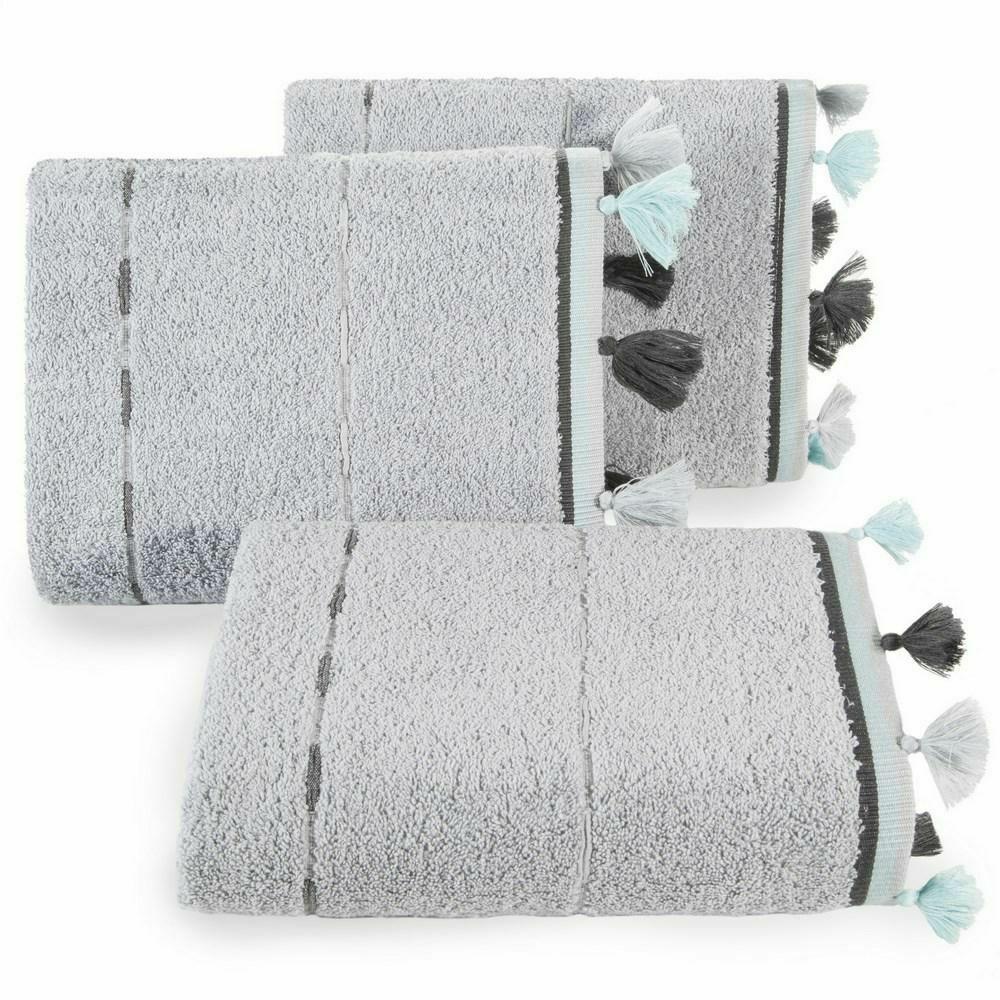 Ręcznik Ina 70x140 srebrny pompony frędzle 480g/m2