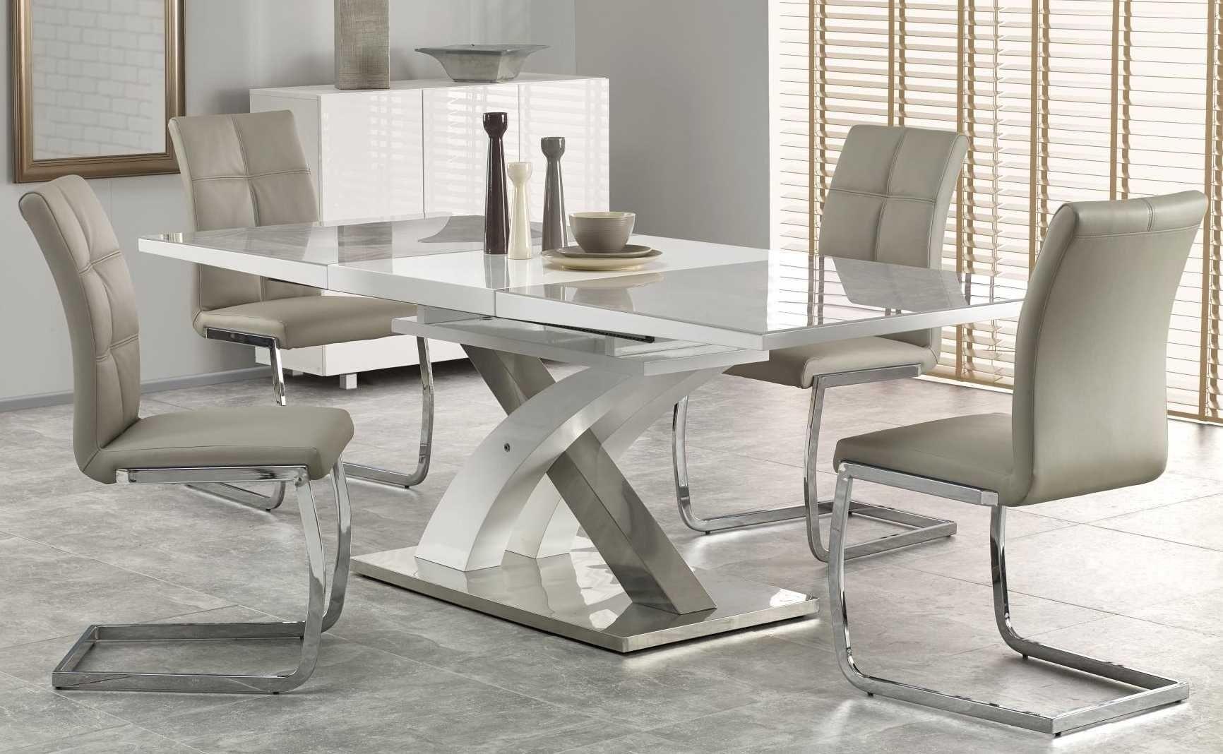 Zestaw: stół rozkładany Sandor 2 i 4 krzesła K228 Halmar