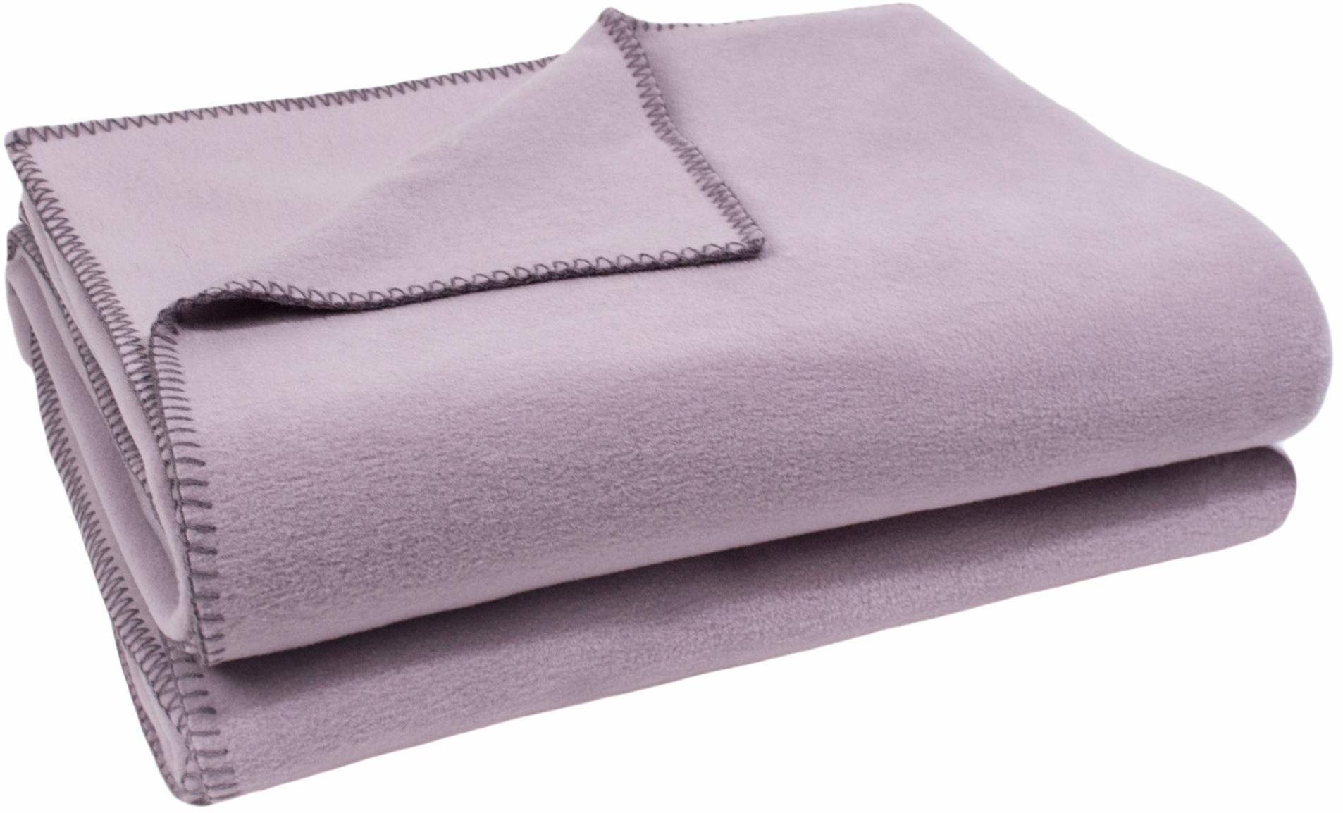 zoeppritz since 1828 koc z miękkiego polaru z haftem szydełkowym, miękki koc do przytulania, 180 x 220 cm, 405 pale lawendowy