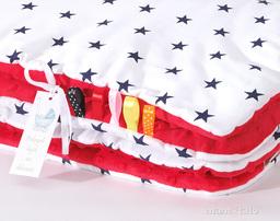 MAMO-TATO Kocyk Minky dla dzieci 100x135 Gwiazdki granatowe na bieli / czerwony