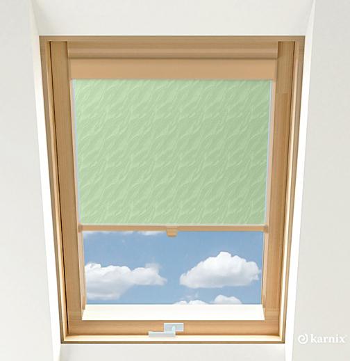 Roleta do okien dachowych - AQUA - Light Green / Sosna