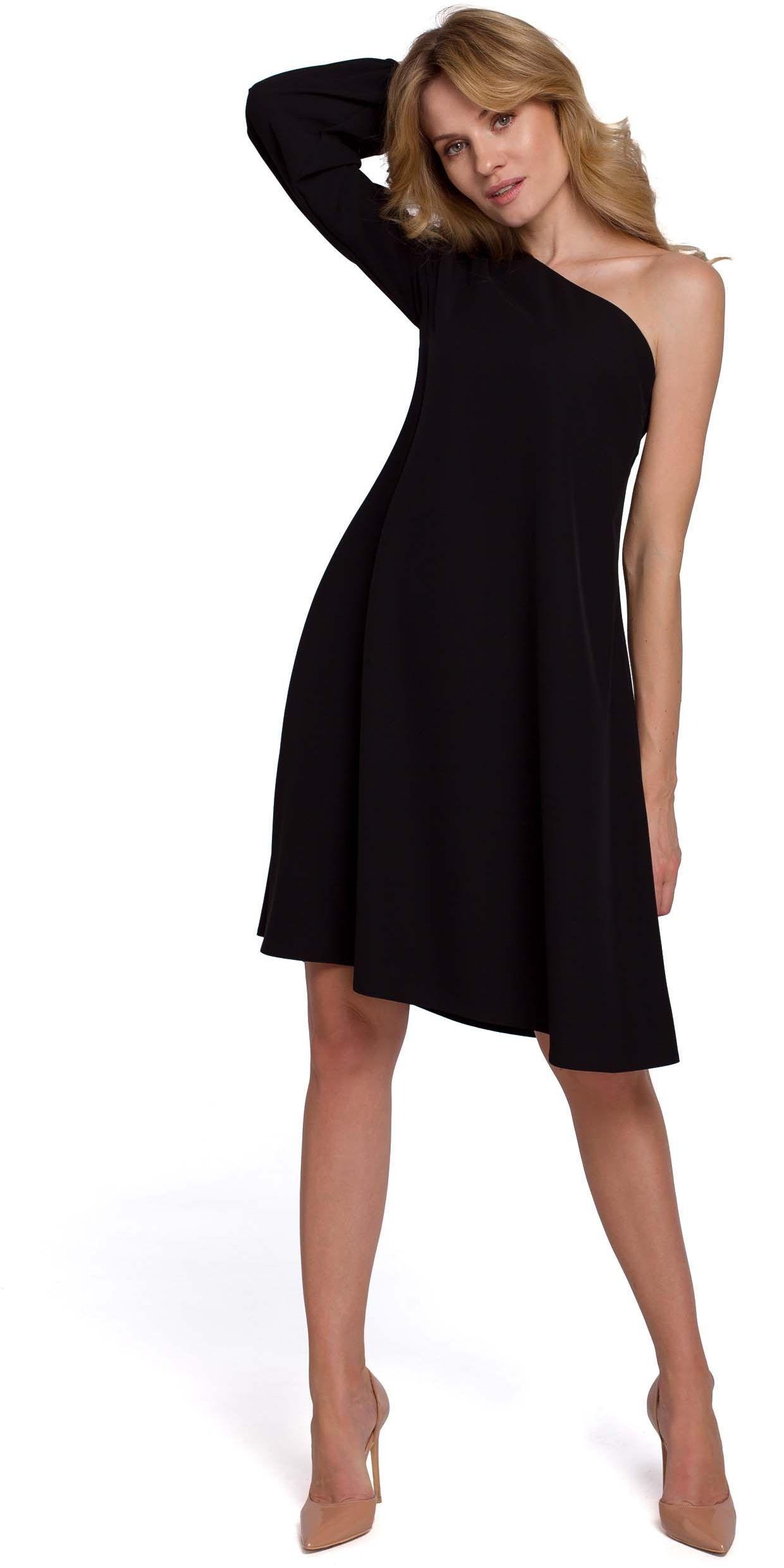 Czarna luźna sukienka na jedno ramię