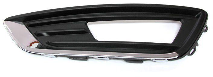 ramka halogenu z chromem Focus Mk3 FL - lewa