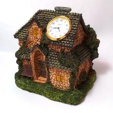Zegar ceramiczny domek M7