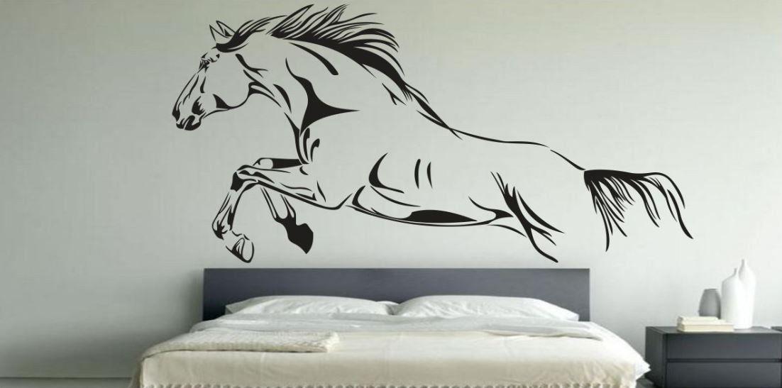 Naklejka z galopującym koniem