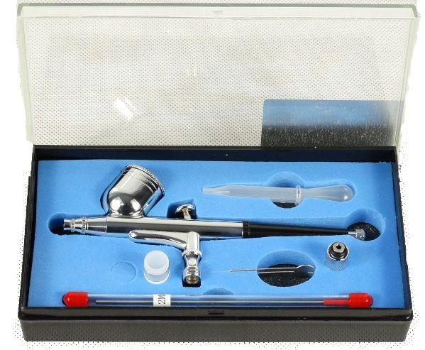 Aerograf pistolet lakierniczy z 2 dyszami (0,2 i 0,3 mm)