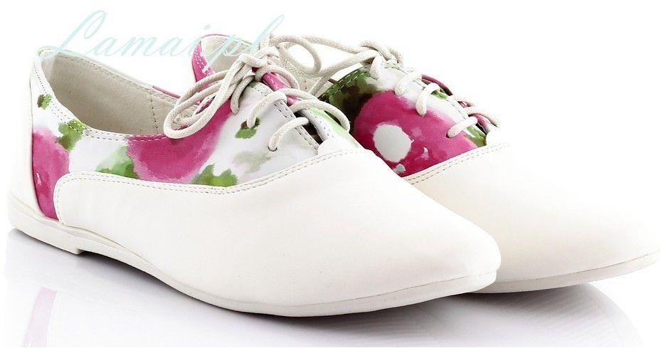 Białe tenisówki w różowe kwiatki t-1