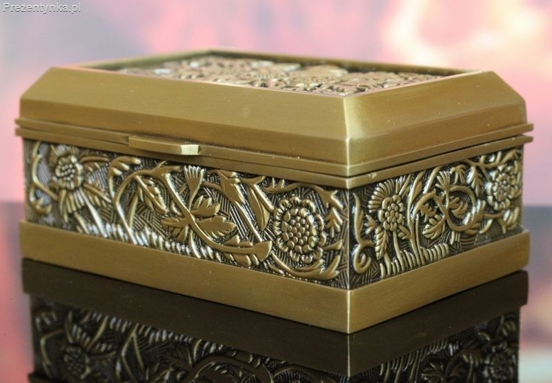 Szkatułka kuferek stare złoto kwiaty