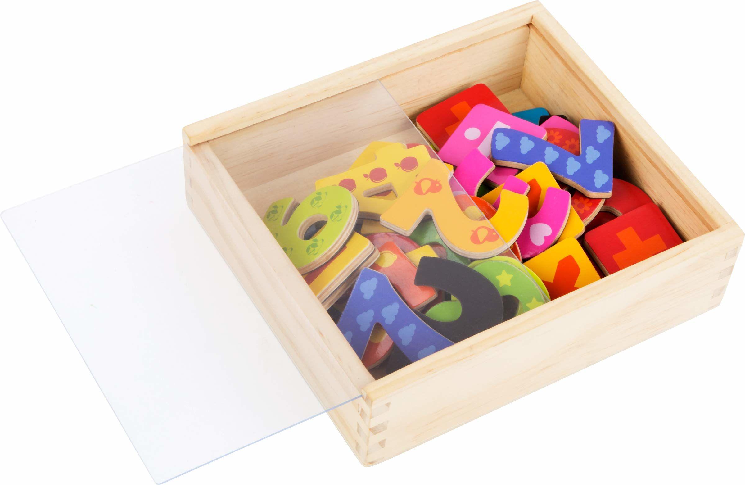 Small foot 10731 drewniana skrzynka magnetyczna, 40 cyfr od 0 do 9 w kolorowych wzorach, do nauki matemienia i pobudzania zrozumienia liczb