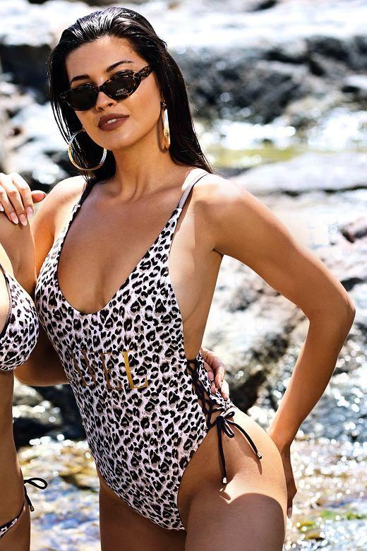 Jednoczęściowy strój kąpielowy Pamela wzór w panterkę