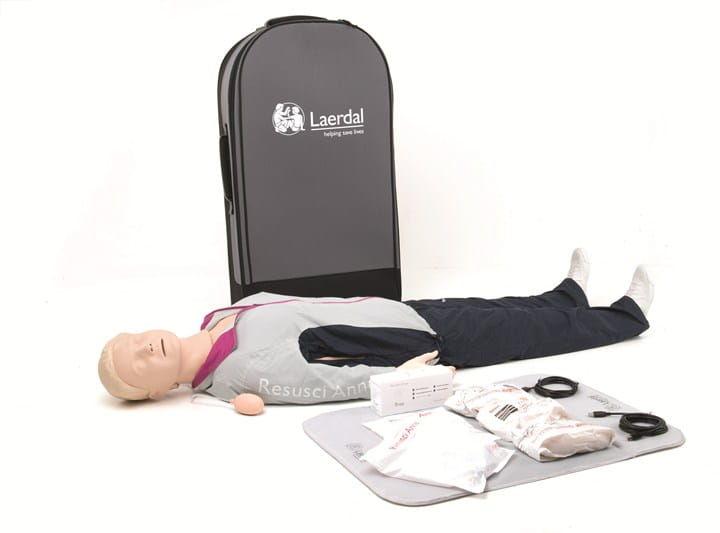 Resusci Anne QCPR Full Body Rechargeable (waliza na kółkach)