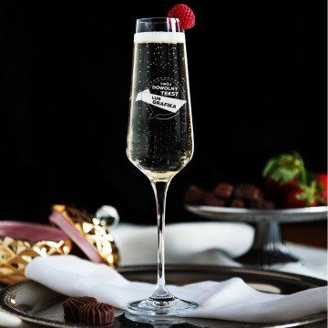 Projekt własny - Grawerowany Kieliszek do szampana