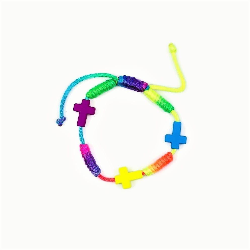 Kolorowa bransoletka z krzyżykami